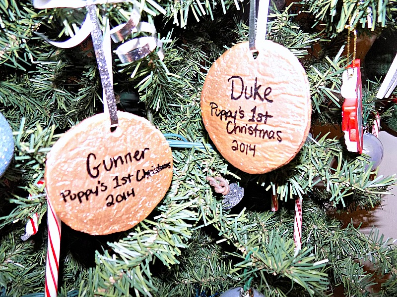 diy dog paw print christmas ornament