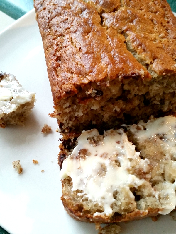 moms chocolate chip banana bread