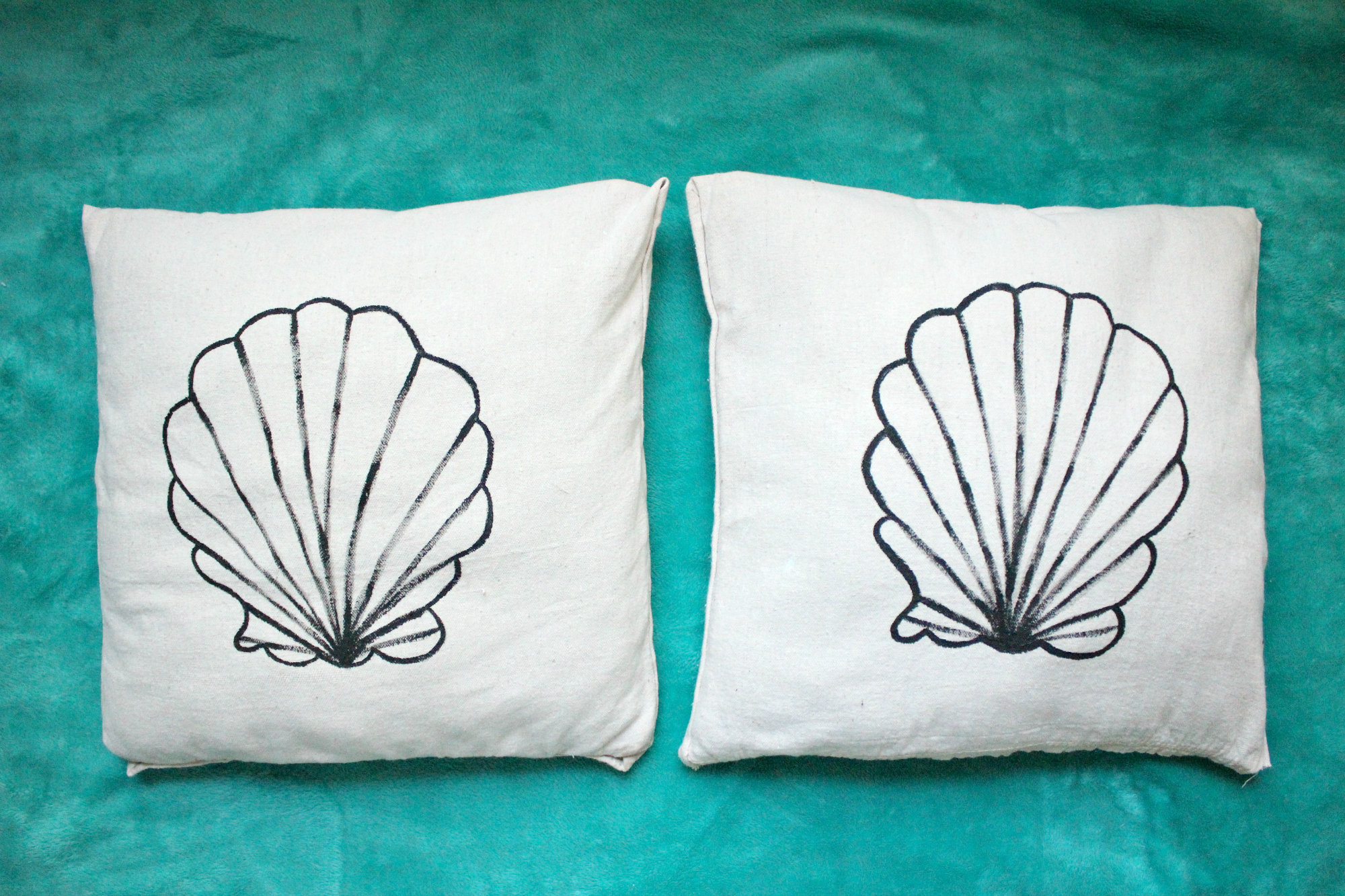DIY No-Sew Seashell Pillow Recover