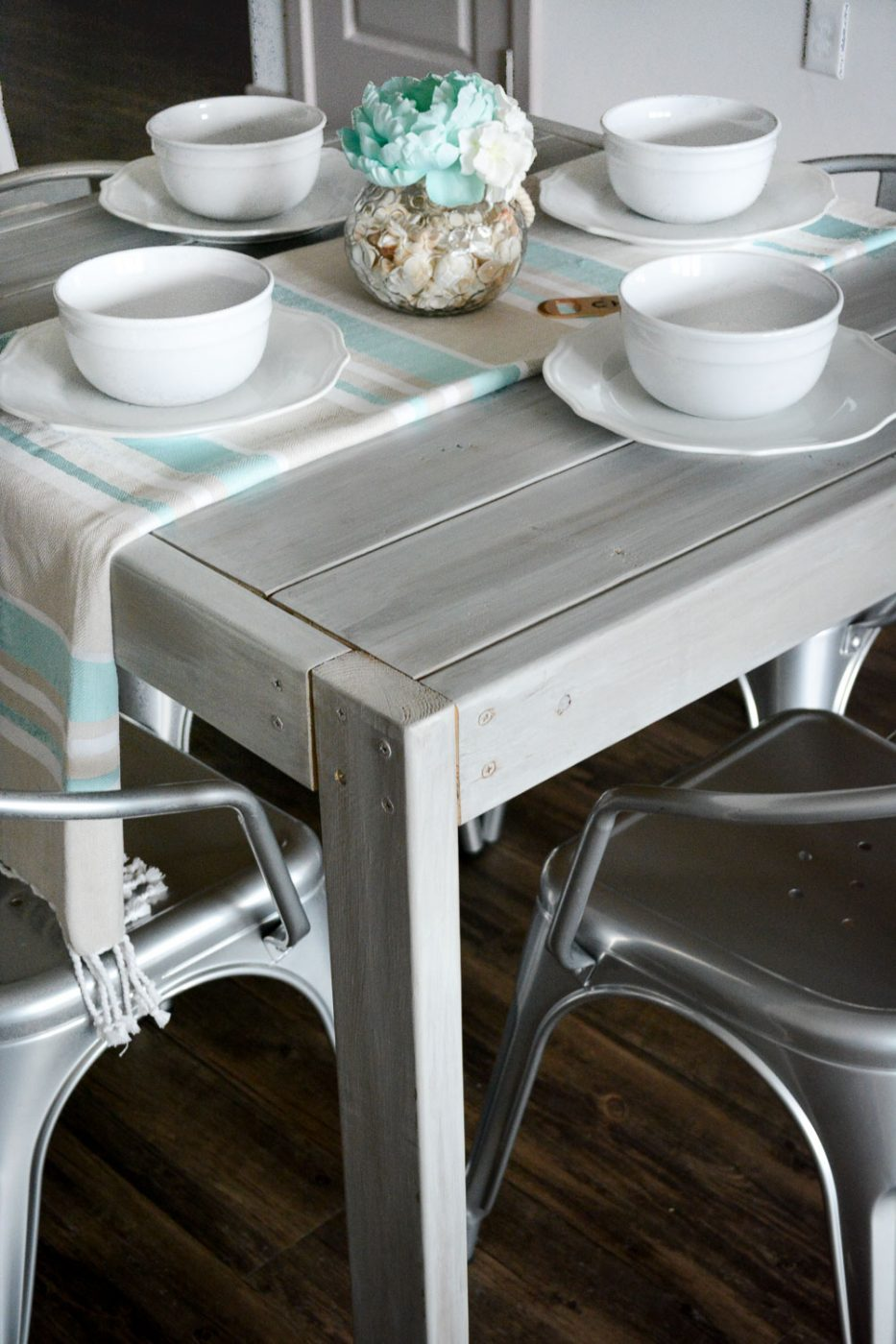 DIY Square Farmhouse Table