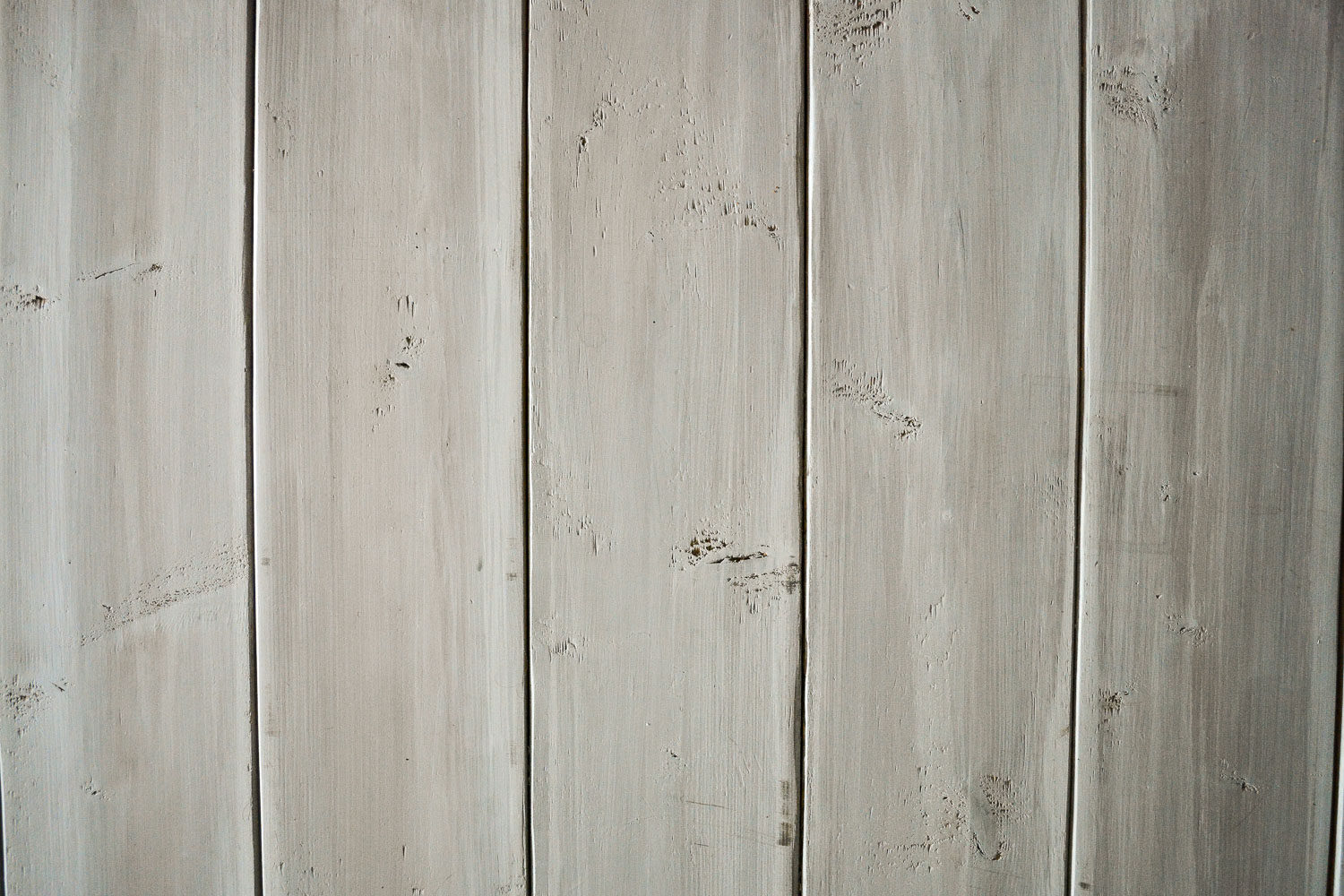 DIY Grey Weathered Wood Stain