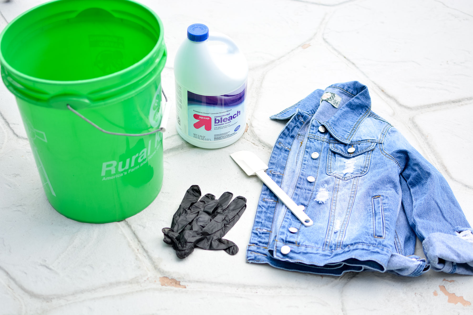 How to bleach a denim jacket | Sweet Teal