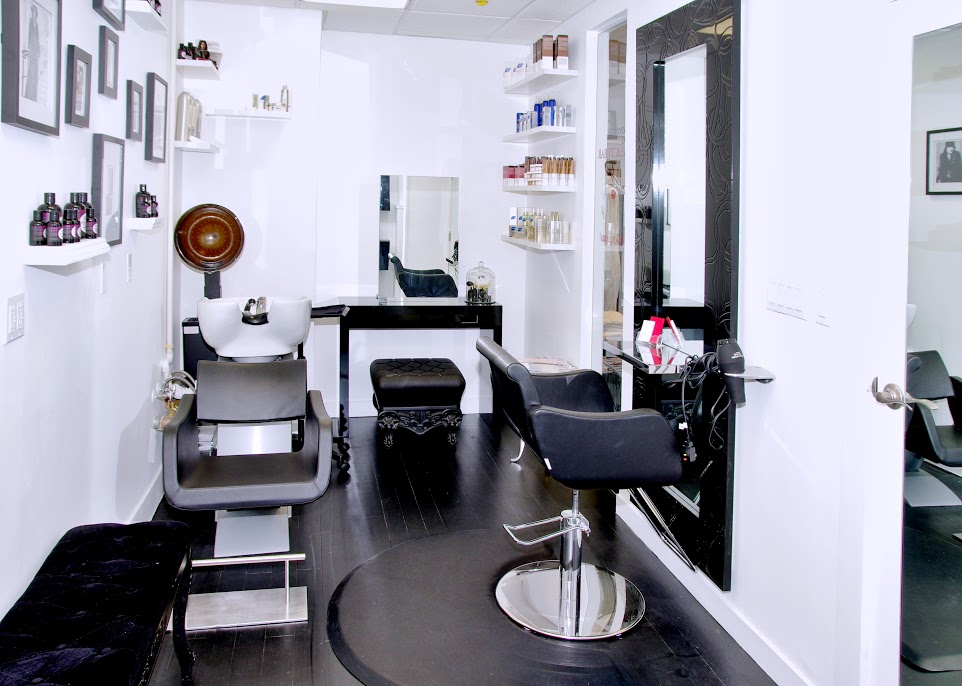 Madonna & Co. boutique and beauty bar