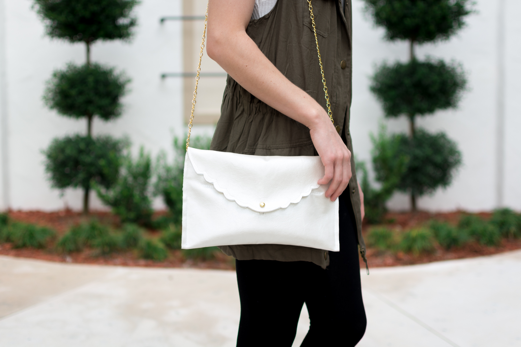 DIY Scallop Purse by Jenny Bess at Sweet Teal
