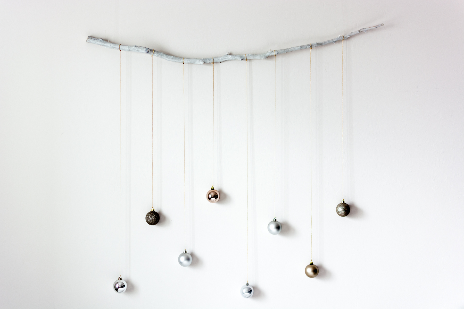 Holiday DIY: Oranaments On A Branch