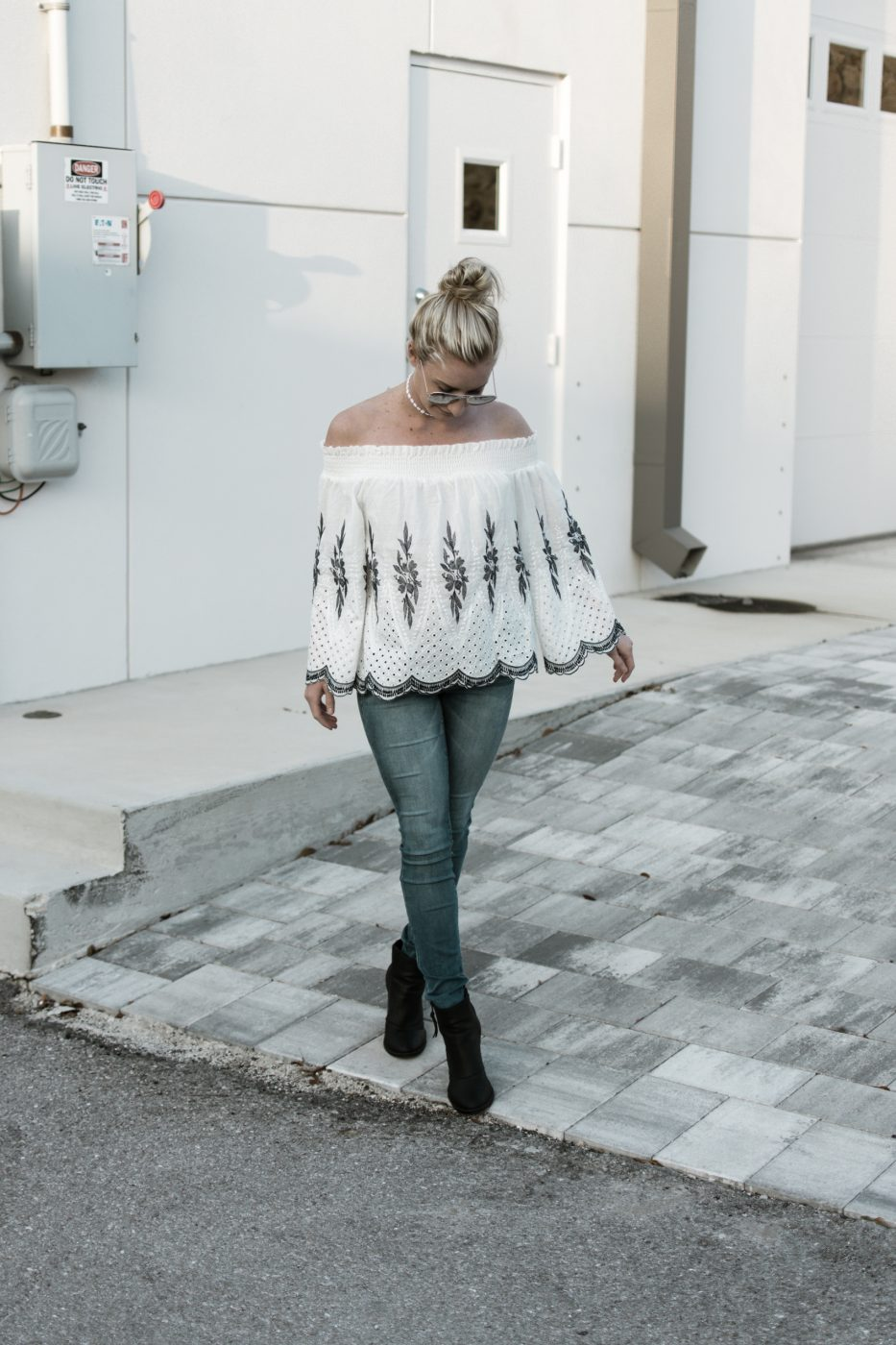 Jenny of Sweet Teal wearing scalloped off the shoulder