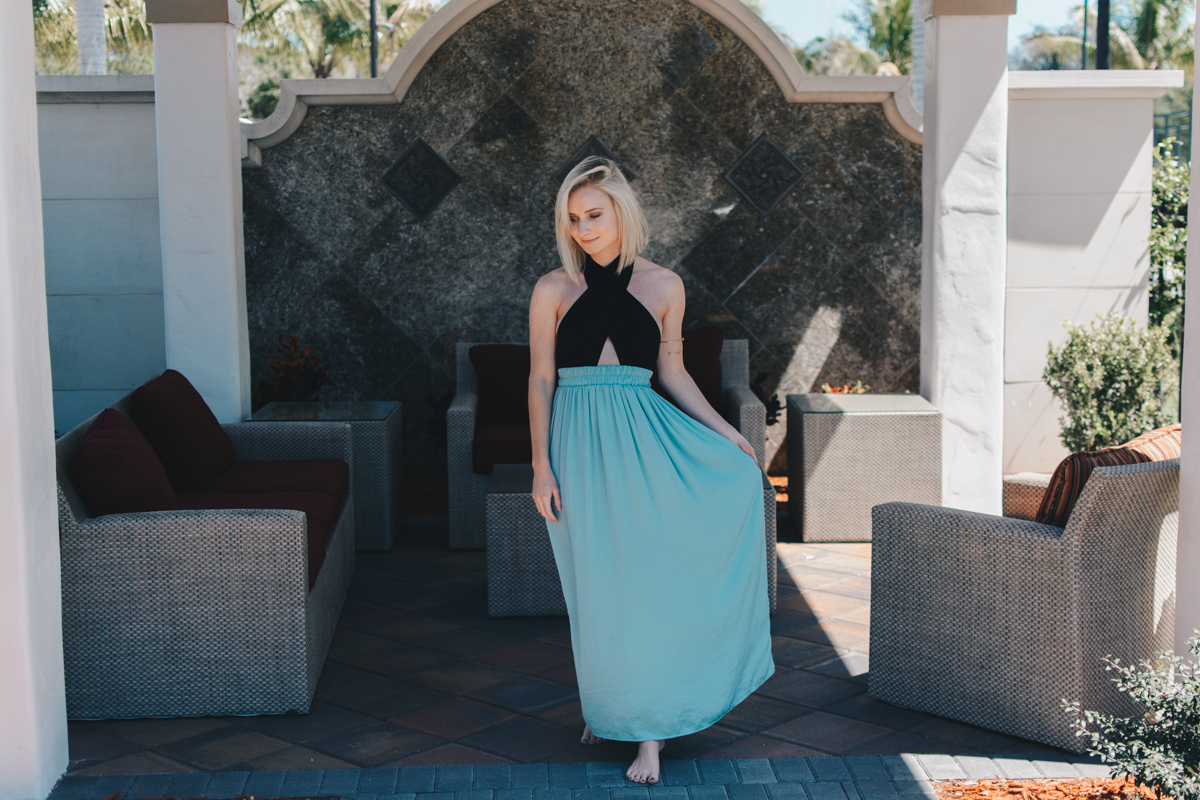 Bodysuit and maxi skirt outfit worn by Jenny Bess