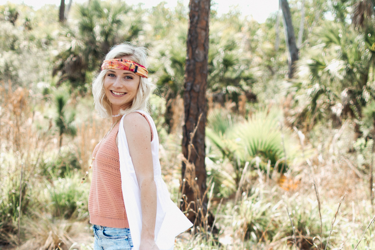 Jenny Bess of Sweet Teal wearing boho bandeau and tank from Natural Life for festival fashion