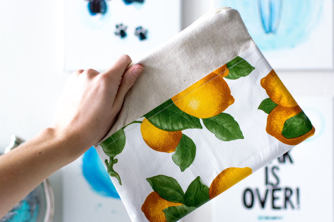DIY Lemon Pouch by Jenny of Sweet Teal
