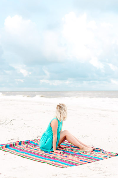 5 Beach Blankets You Need Now