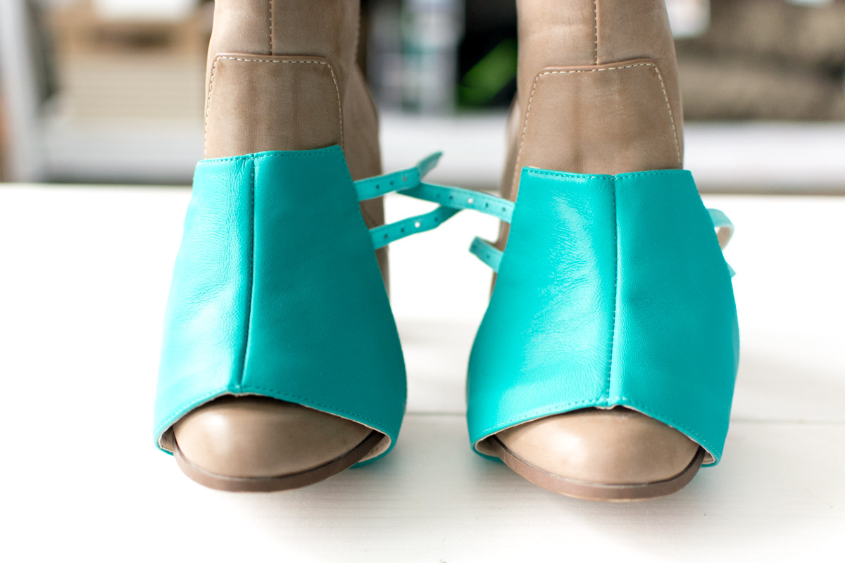 Alterre DIY Shoes Painted Mermaid Scales Tutorial step 1 - Sweet Teal