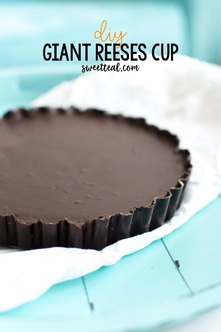 DIY Giant Reeses Cup - Sweet Teal