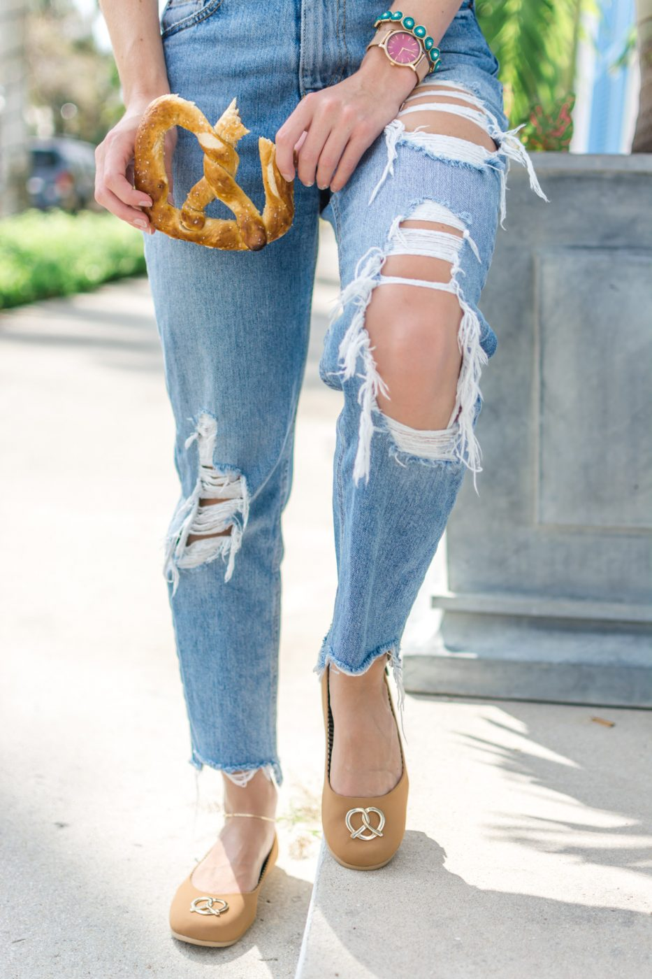 Mom Jeans and Loly in the Sky Pretzel Shoes - Sweet Teal