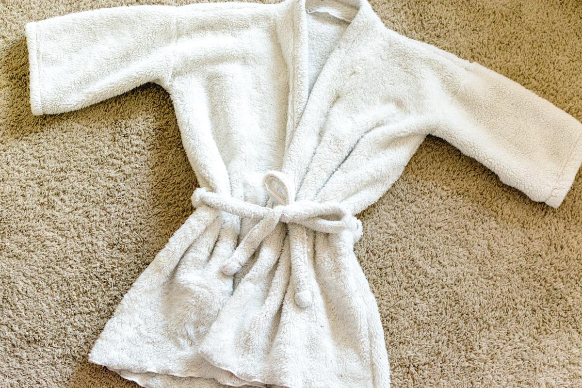 Diy Bathrobe Using A Blanket