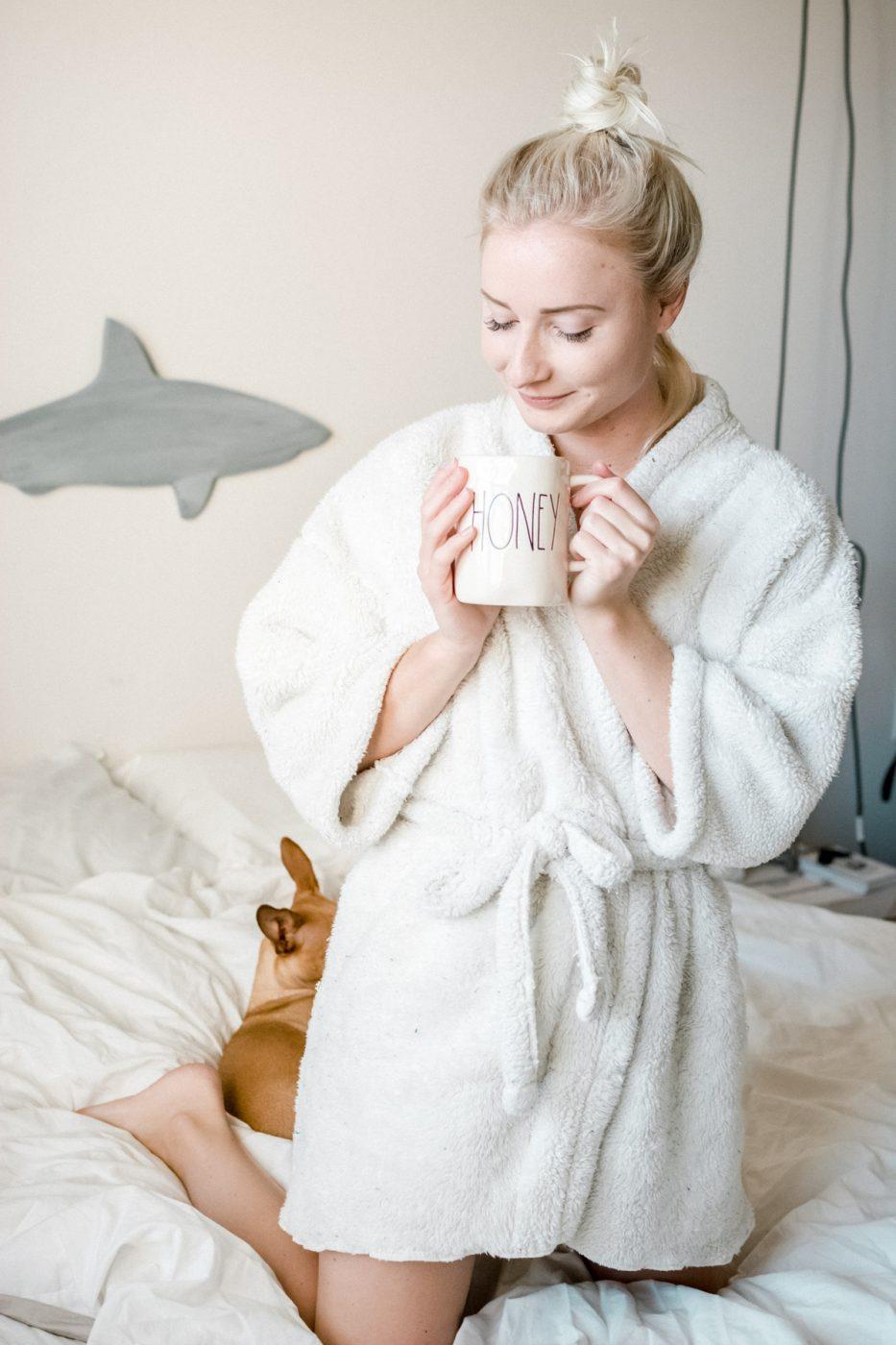 DIY Bathrobe From A Blanket - Sweet Teal