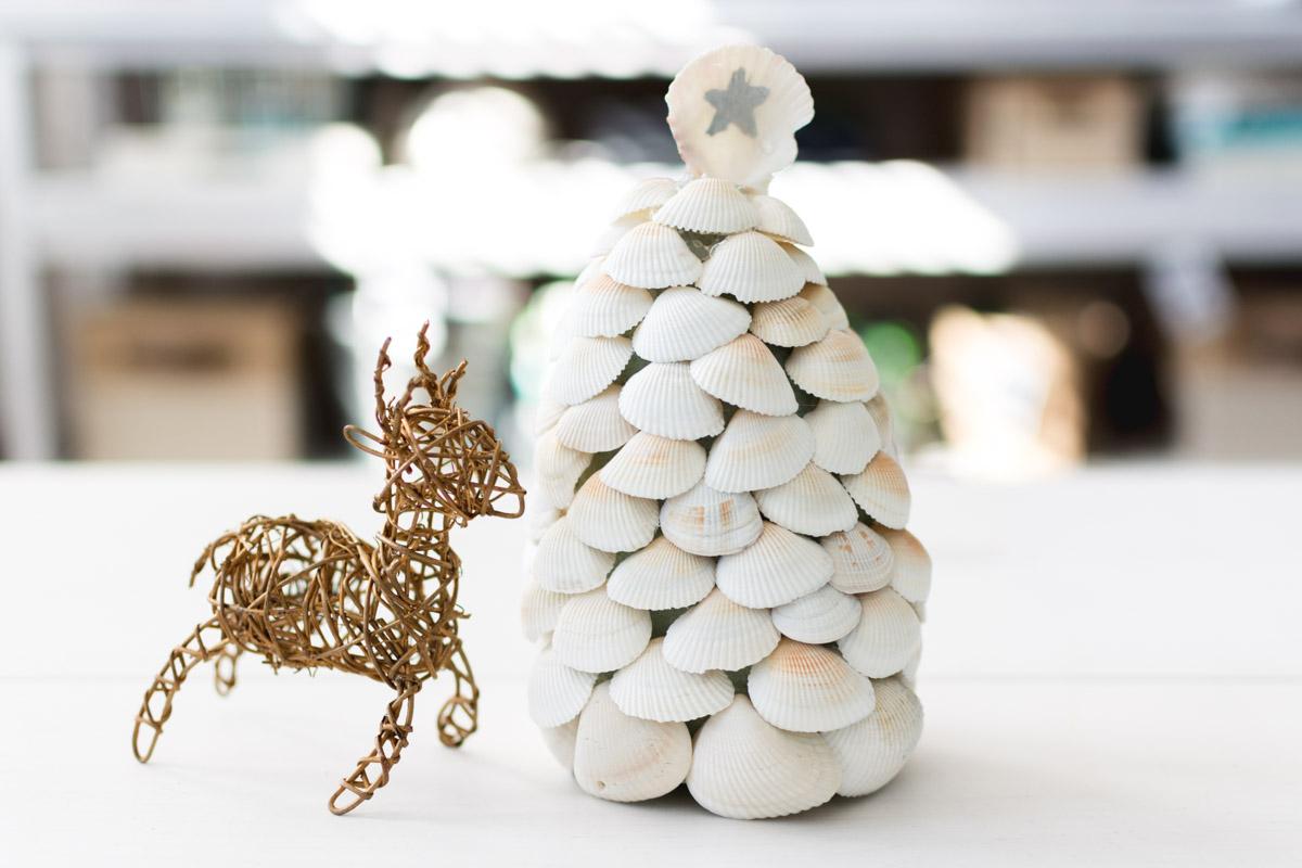 diy seashell christmas tree by sweet teal