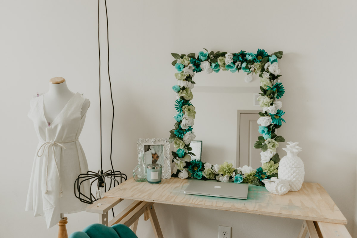 DIY Flower Mirror by Sweet Teal