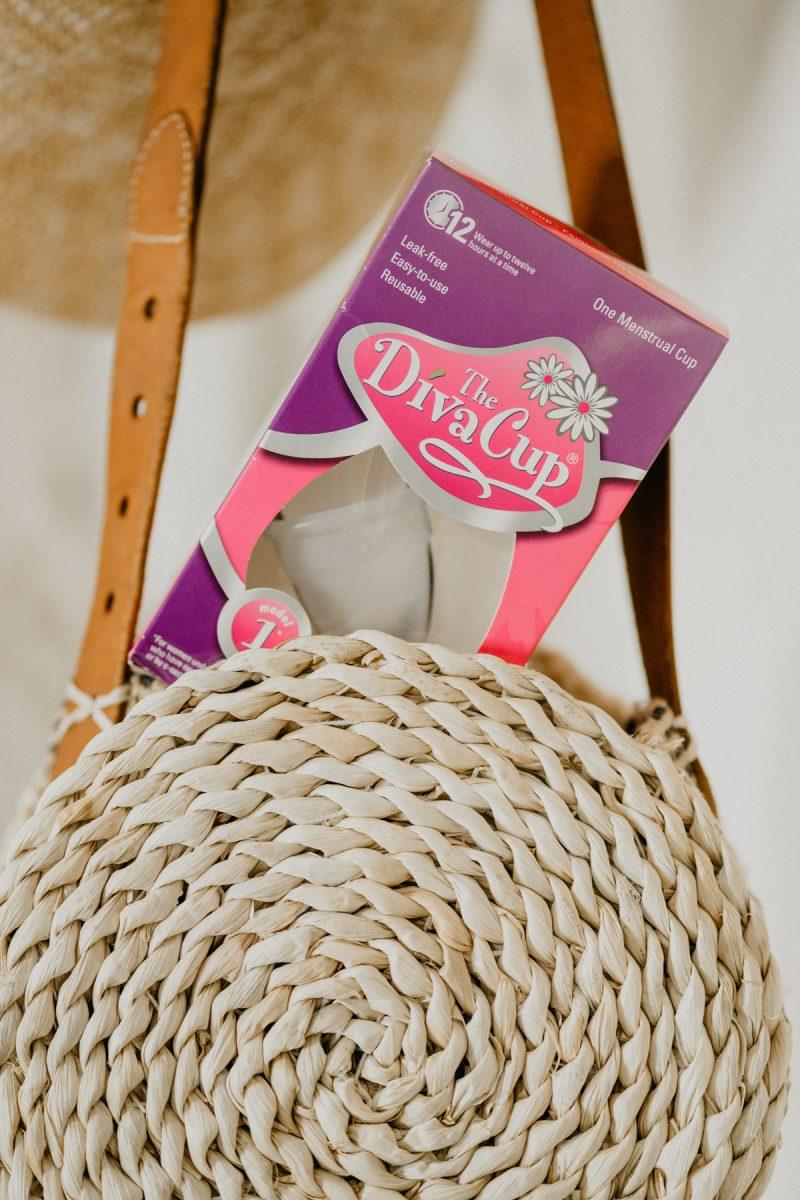 DivaCup in purse - Sweet Teal