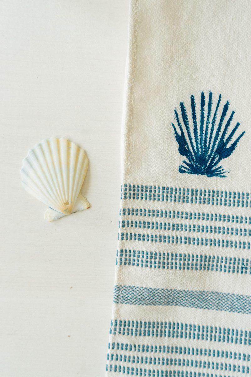DIY Seashell Stamped Towels - Big Shell