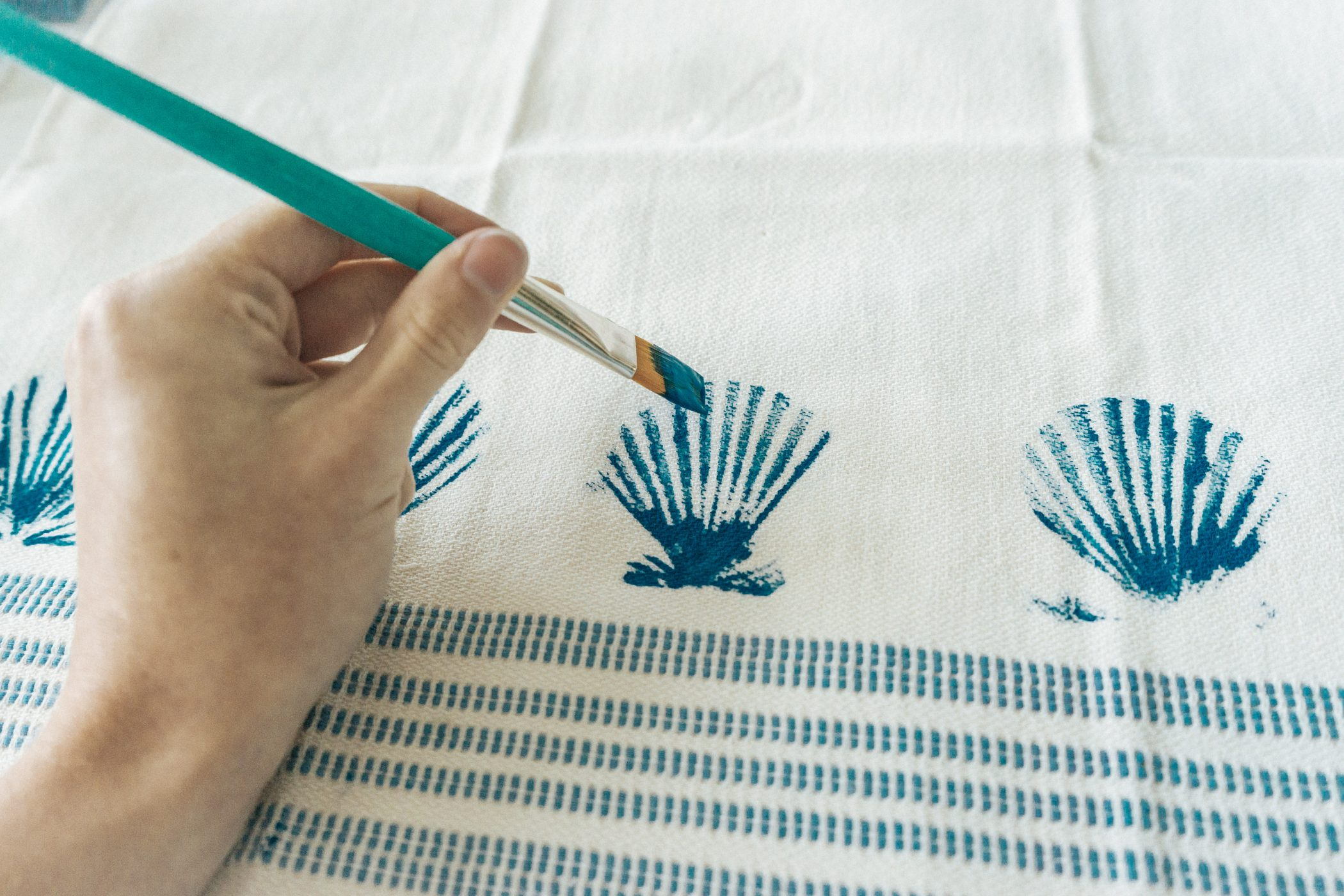 DIY Seashell Stamped Towels - Painting the Grooves
