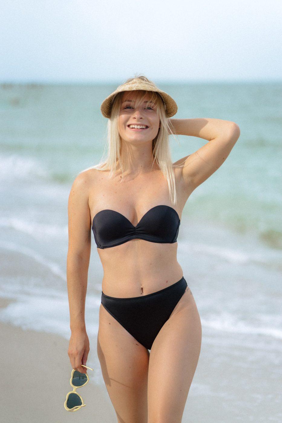 Upbra push up swimsuit in black