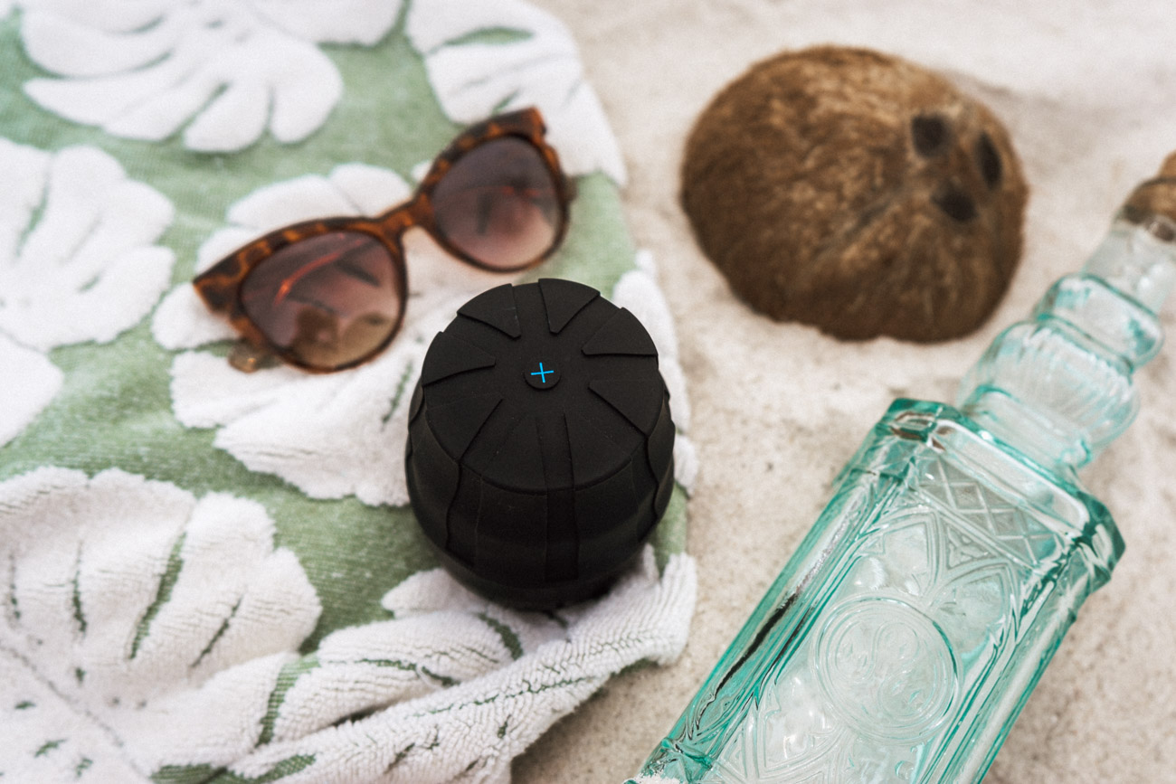 Travel Products To Bring On Your Next Trip - KUVRD Lens Cap