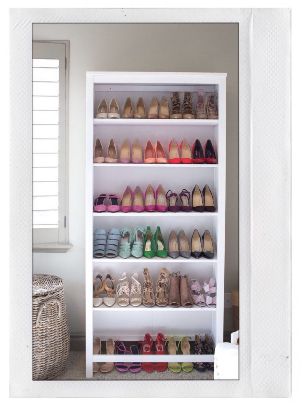 Shoe Storage - Bookshelf Shoes