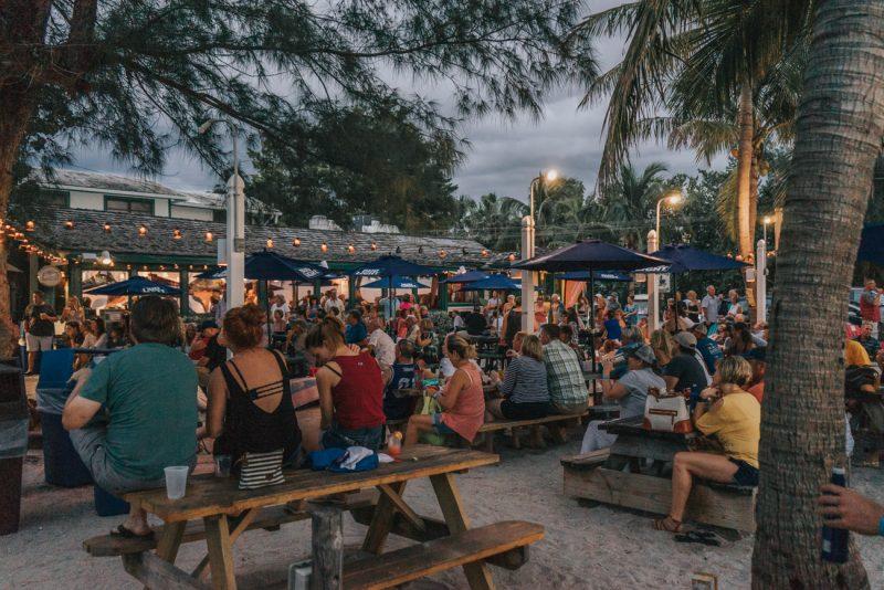 Island Hopper Songwriter Fest - Mucky Duck