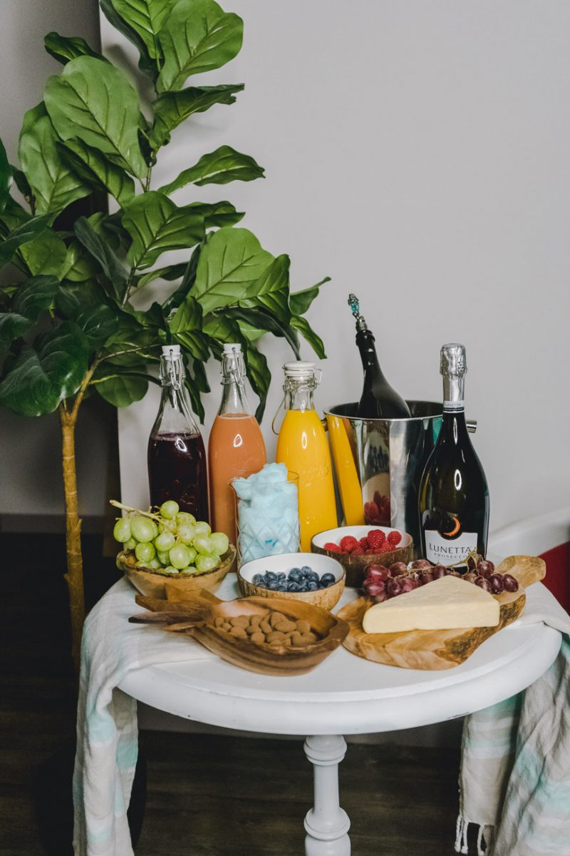 How To Create a Prosecco Bar