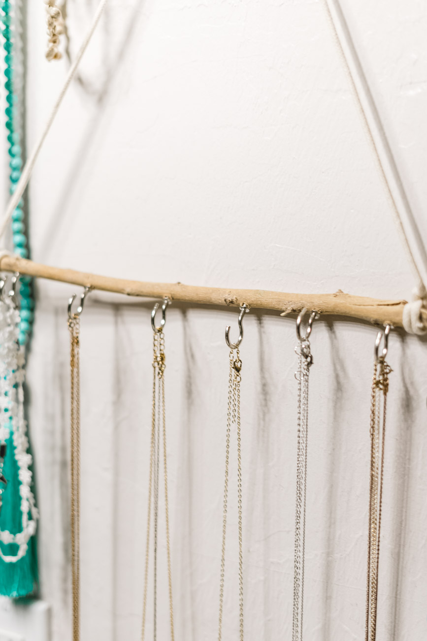 DIY jewelry holder close up