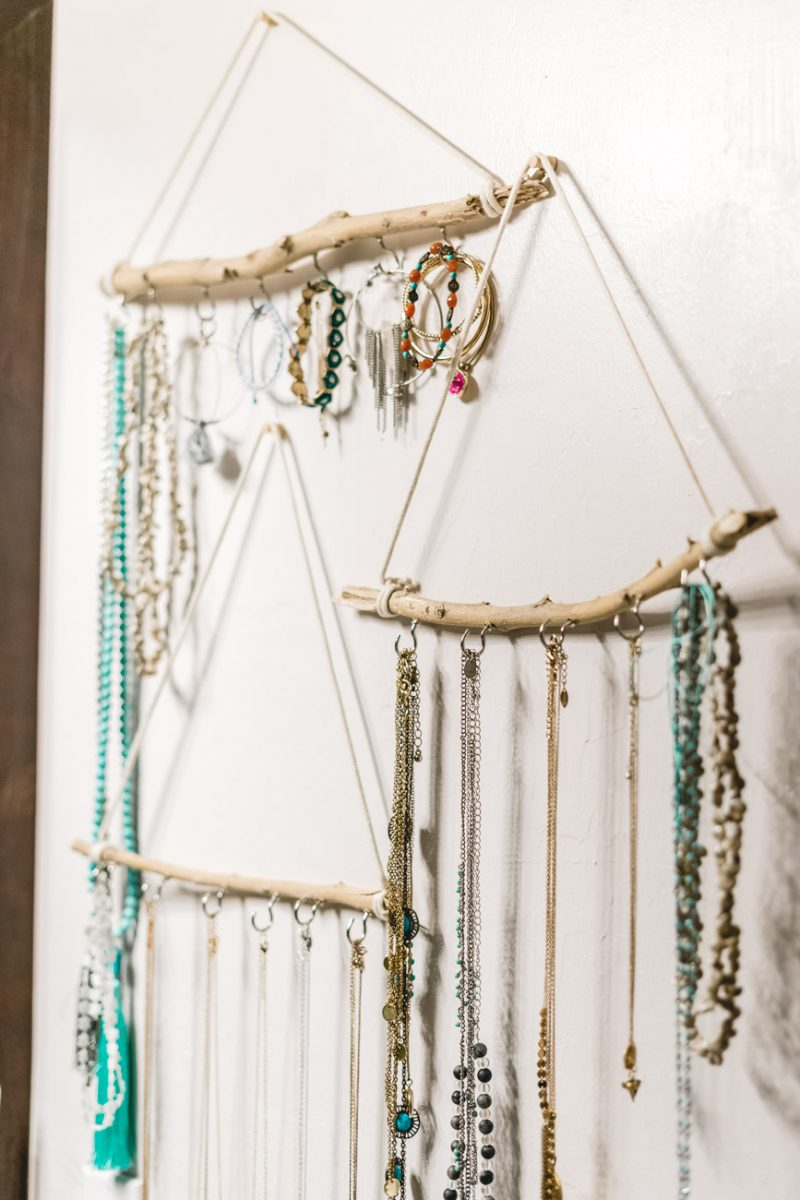 DIY jewelry & accessories holder by Jenny Bess of sweet teal