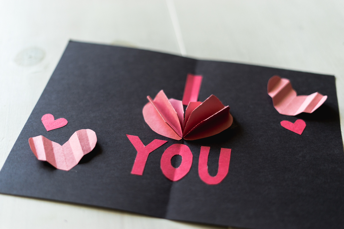 How To Make: DIY Pop-Up Valentine's Day Card