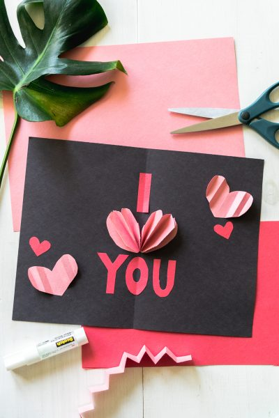 DIY Pop-Up Valentine's Day Cards