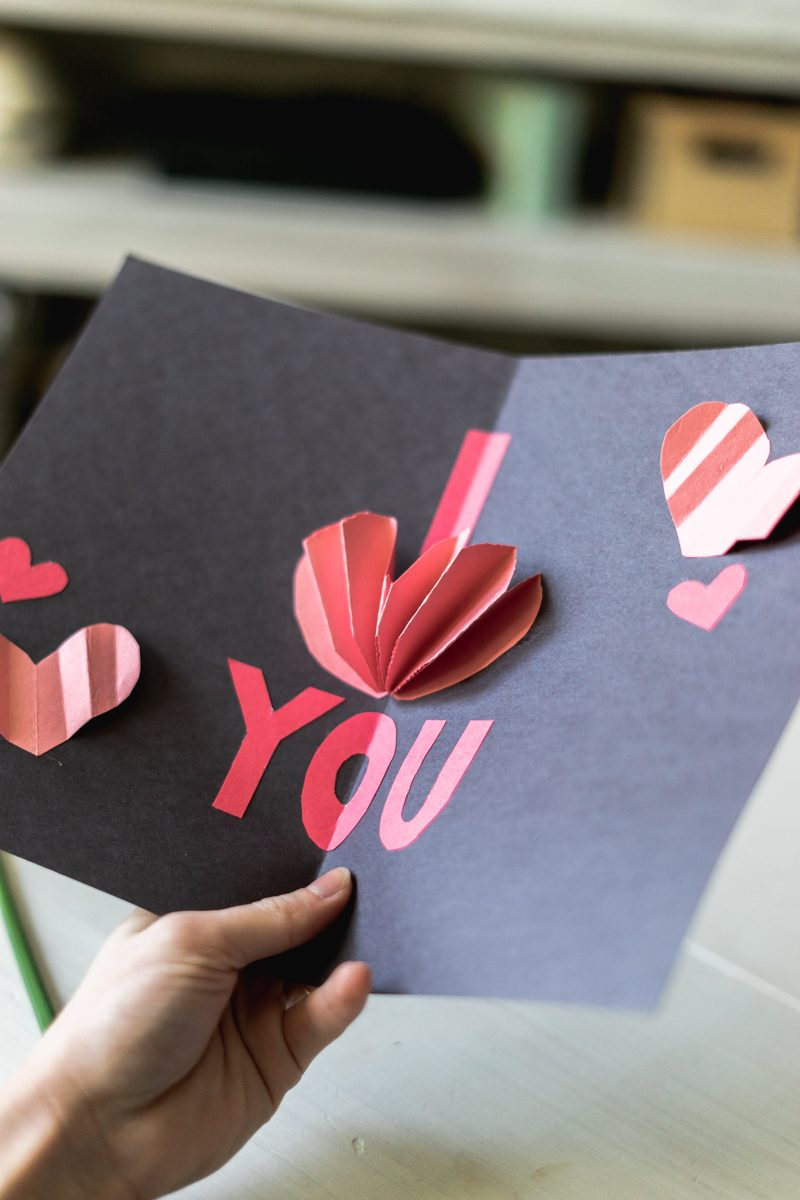 Give a pop-up Valentine's Day Card