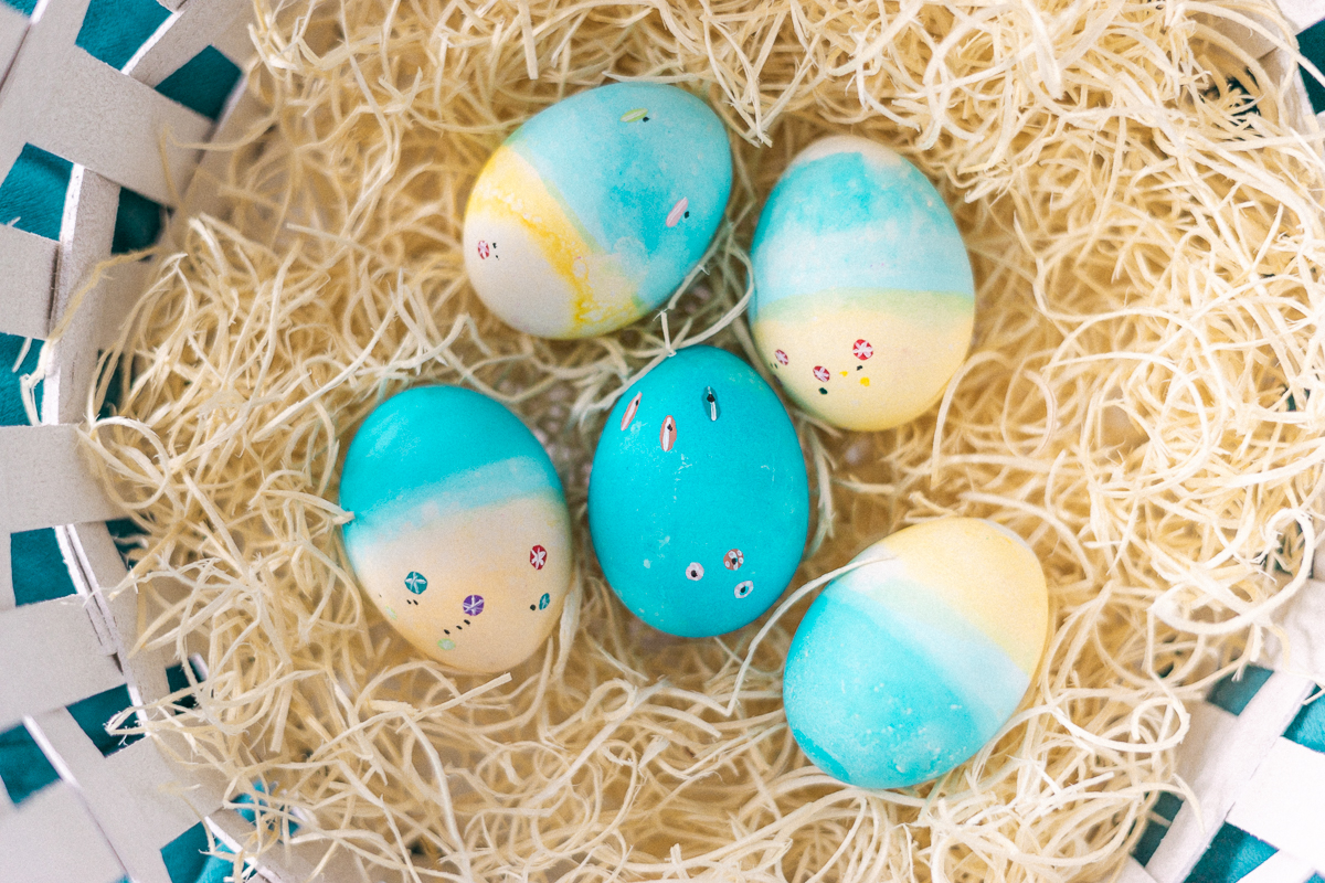 Beach Easter Eggs Tutorial